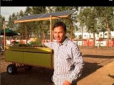 Solar Powered Aquaponic System Grows Fish and Vegetables Anywhere